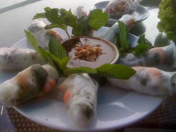 vietnamese spring rolls nha trang