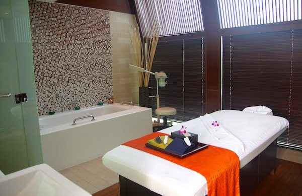 Traders Hotel Kuala Lumpur spa