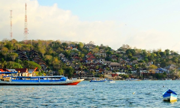 Arriving at Nusa Lembongan for diving