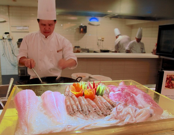 Flavours of Thailand Buffet at PARKROYAL on Beach Road Review
