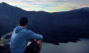 Climbing Mount Rinjani in Lombok Indonesia – Photo Essay