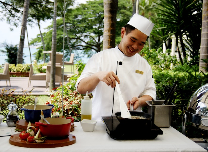 Sunday Garden Party Buffet at Shangri-La's Rasa Sentosa Resort