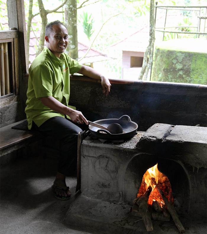 Luwak Coffee Tasting at BAS Bali Coffee Plantation Ubud