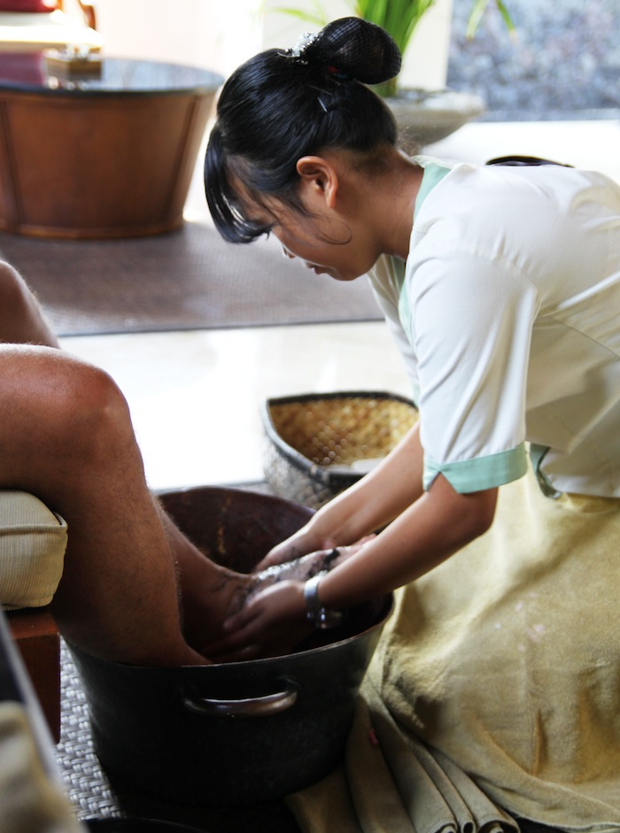 Spa Village Resort Tembok Bali Foot Scrub