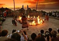 Kecak Dance Bali – A Show of Fire and Light Not to be Missed