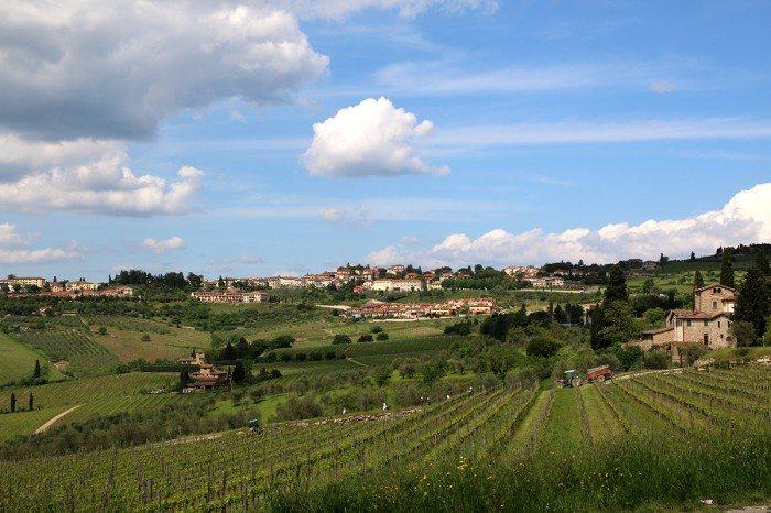 Tuscan hillside Chianti Wine Tasting