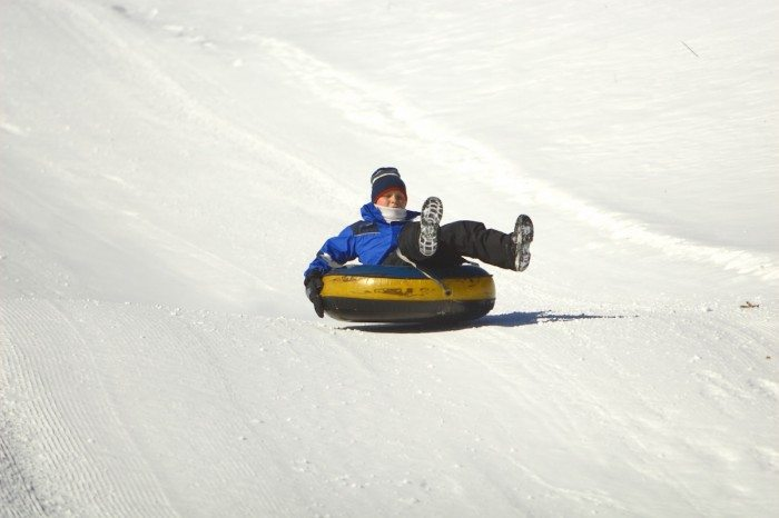Best Winter Time Activities in Vancouver - Snow tubing