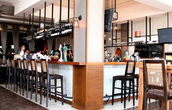 Union Bar - What to do in Yangon