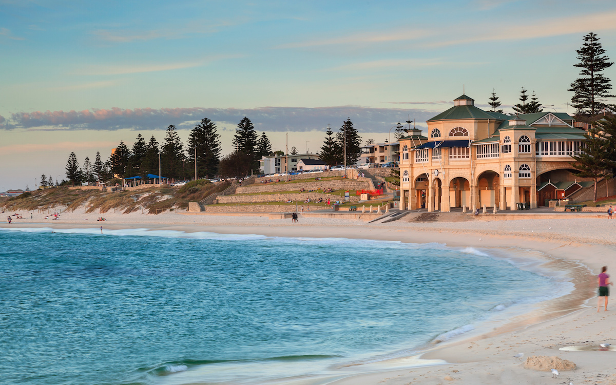 Haze Escape from Singapore to Cottesloe Beach Perth