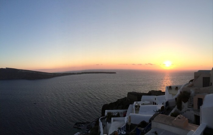 Fall in Love with Santorini Greece- Oia
