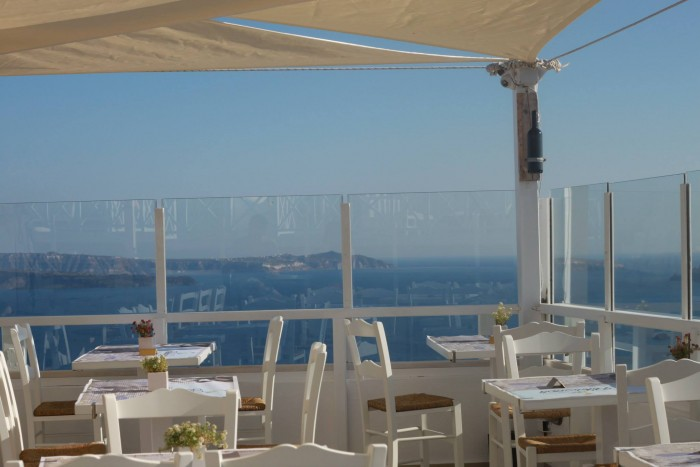 9 Reasons to Fall in Love with Santorini- Pelekanos Restaurant and Rooftop Bar