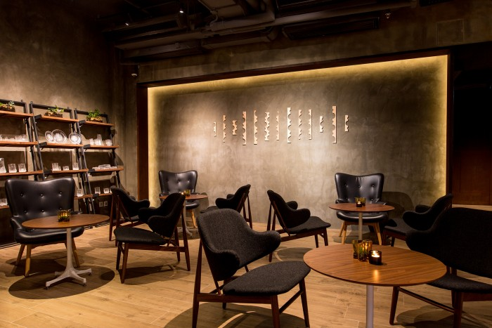 Hotel Stage Muse Wine Bar
