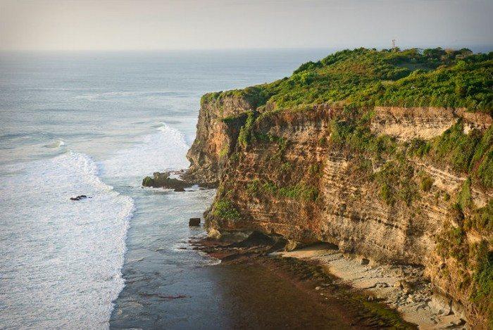 Guide to Bali's Neighbourhoods - Pura Uluwatu Bali