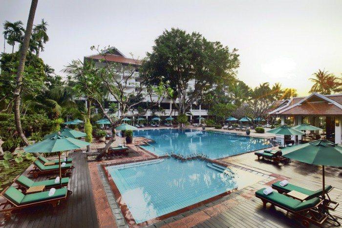 Anantara_Bangkok_Riverside_Pool_P
