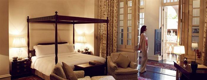Singapore's Best Hotel Suites