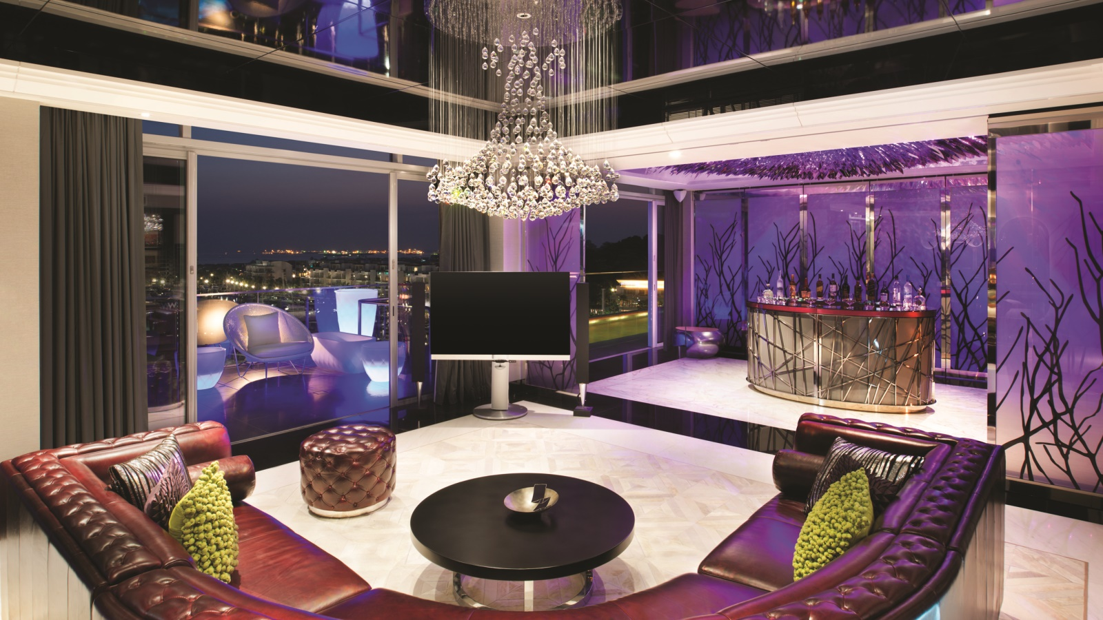 10 of singapore 39 s most extravagant hotel suites suma for W hotel in room dining menu singapore