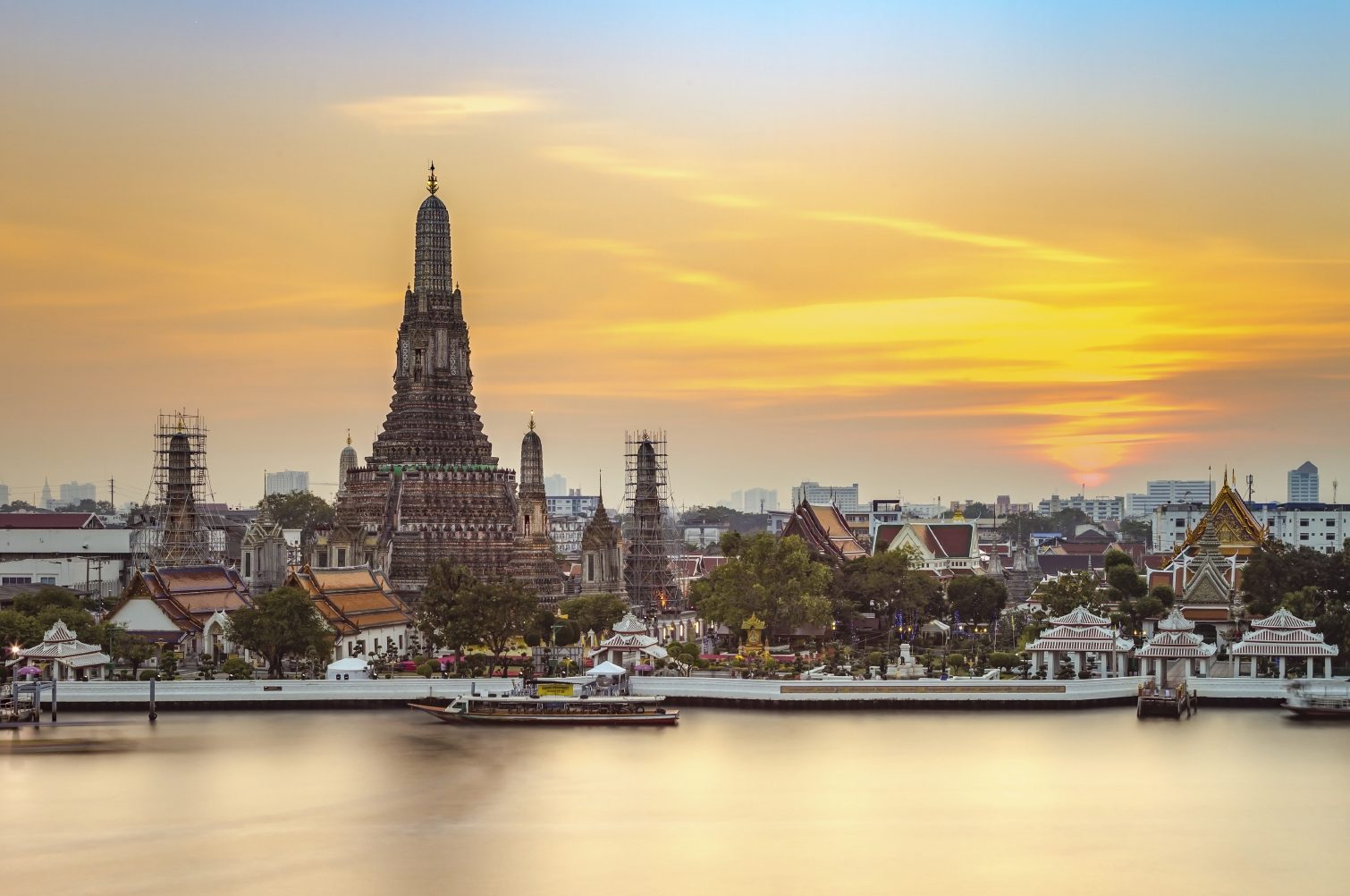 Guide To Exploring Riverside Bangkok