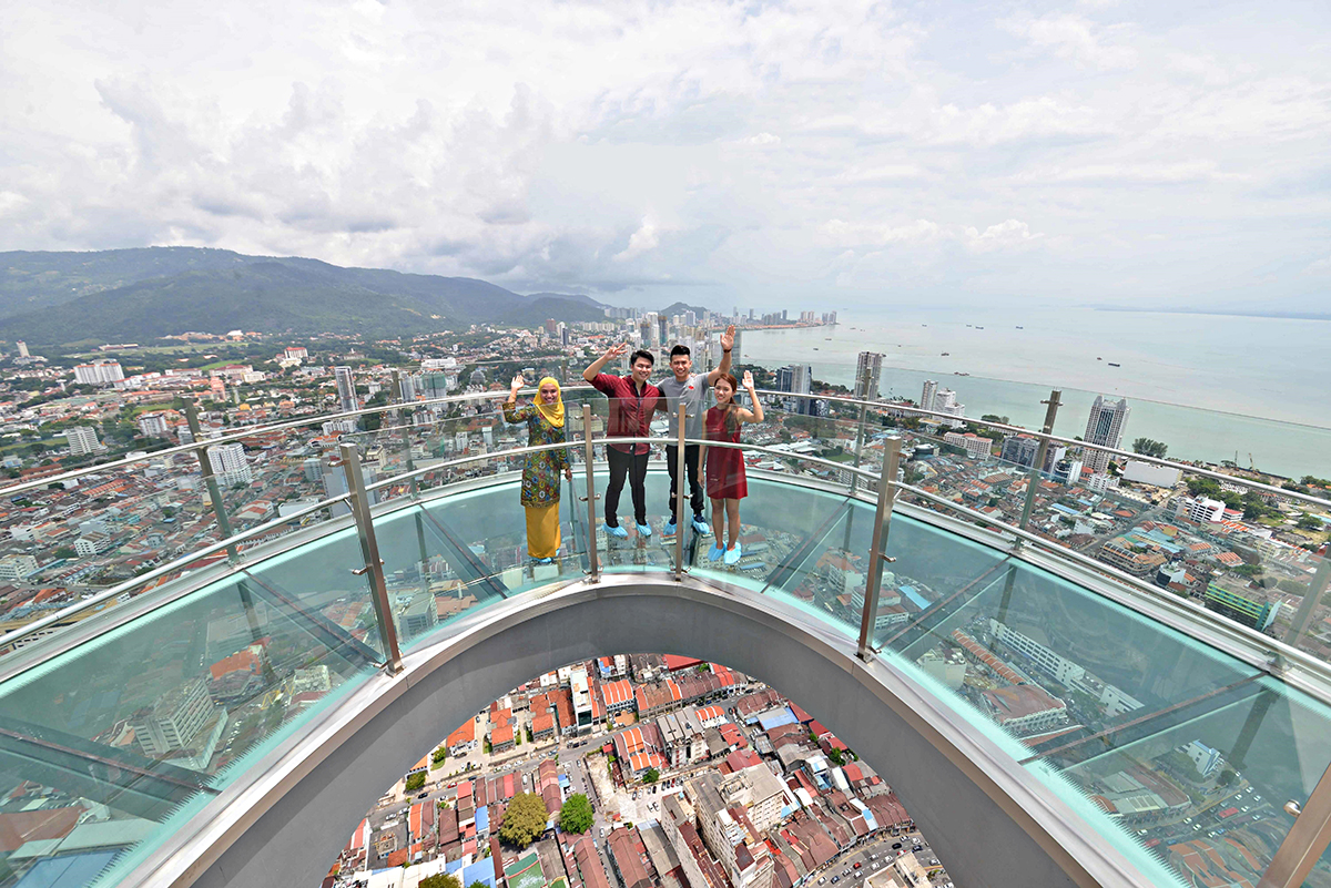 New Rainbow Skywalk Opens In Penang Suma Explore Asia