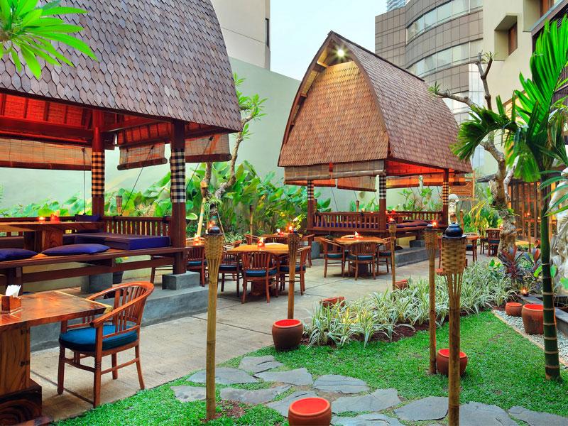 what to do in Menteng Jakarta - Bebek Bengil