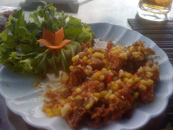 deep fried squid and veggies Svetlana 378 Nha Trang