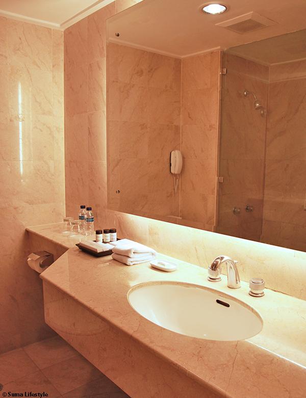 GrandKemang Hotel Jakarta Bathroom