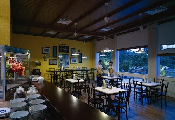 8 Noodles Restaurant at Shangri-La Rasa Sentosa