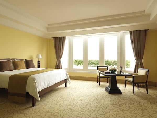 The Fullerton Hotel Singapore Room
