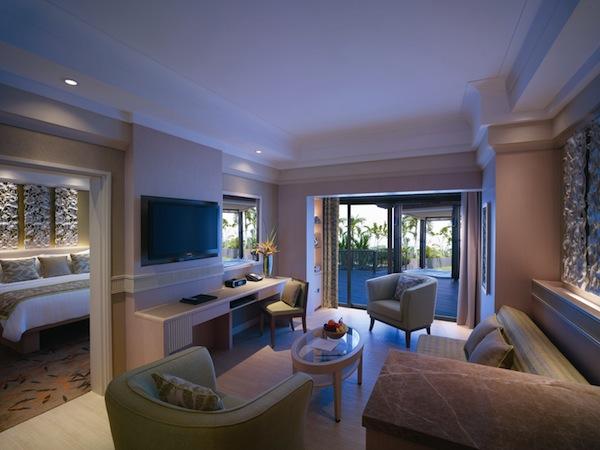 Shangri-La's Rasa Sentosa Resort Singapore Deluxe Sea View Suite - living room