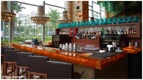 W Singapore Sentosa Cove Restaurants
