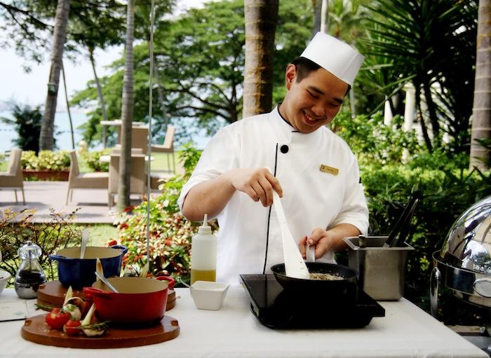 Sunday Garden Party Buffet at Shangri-La's Rasa Sentosa Resort