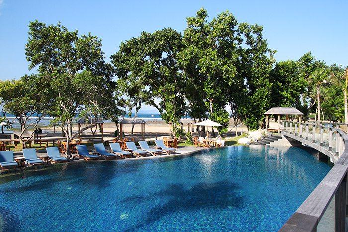 De Opera Beach Club Nusa Dua Bali