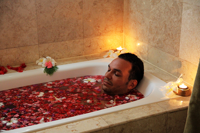Spa Village Resort Tembok Bali Rose bath