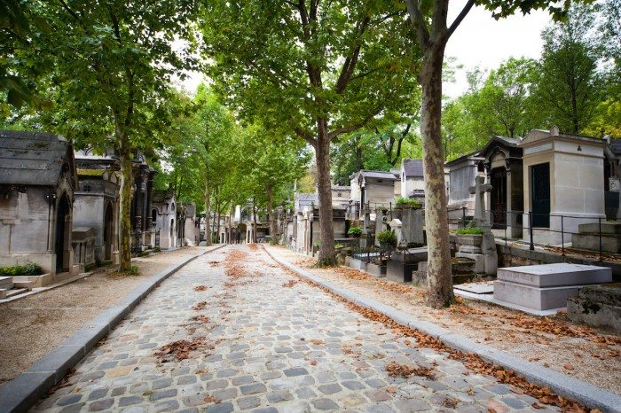 Cobbled alley at Pere Lachaise cemetery - Paris Top Sights