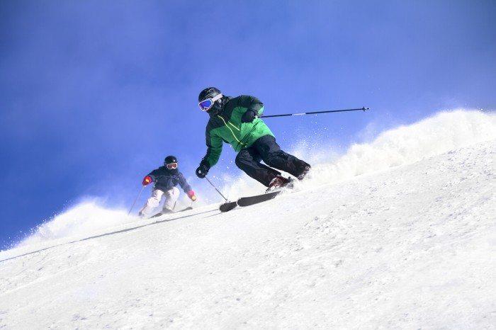 Best Winter Time Activities in Vancouver - skiing
