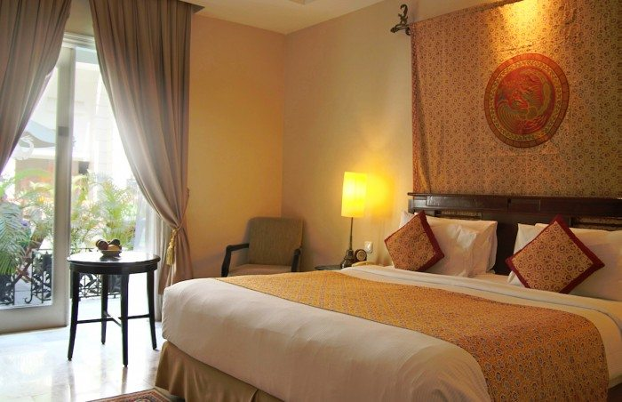 The Phoenix Hotel Yogyakarta Room Review 1