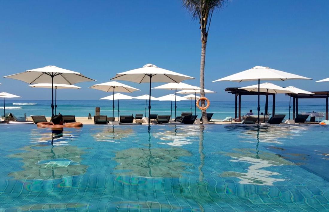 New Ritz Carlton Bali Pool