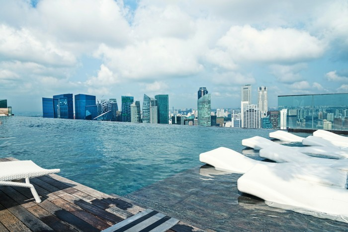 Top Things to do at Marina Bay Sands - Infinity Pool