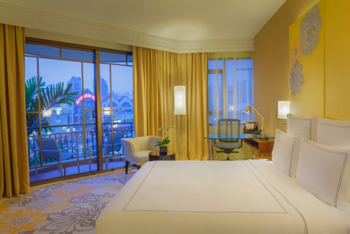 Newly Refurbished Rooms at Swissotel Merchant Court Singapore