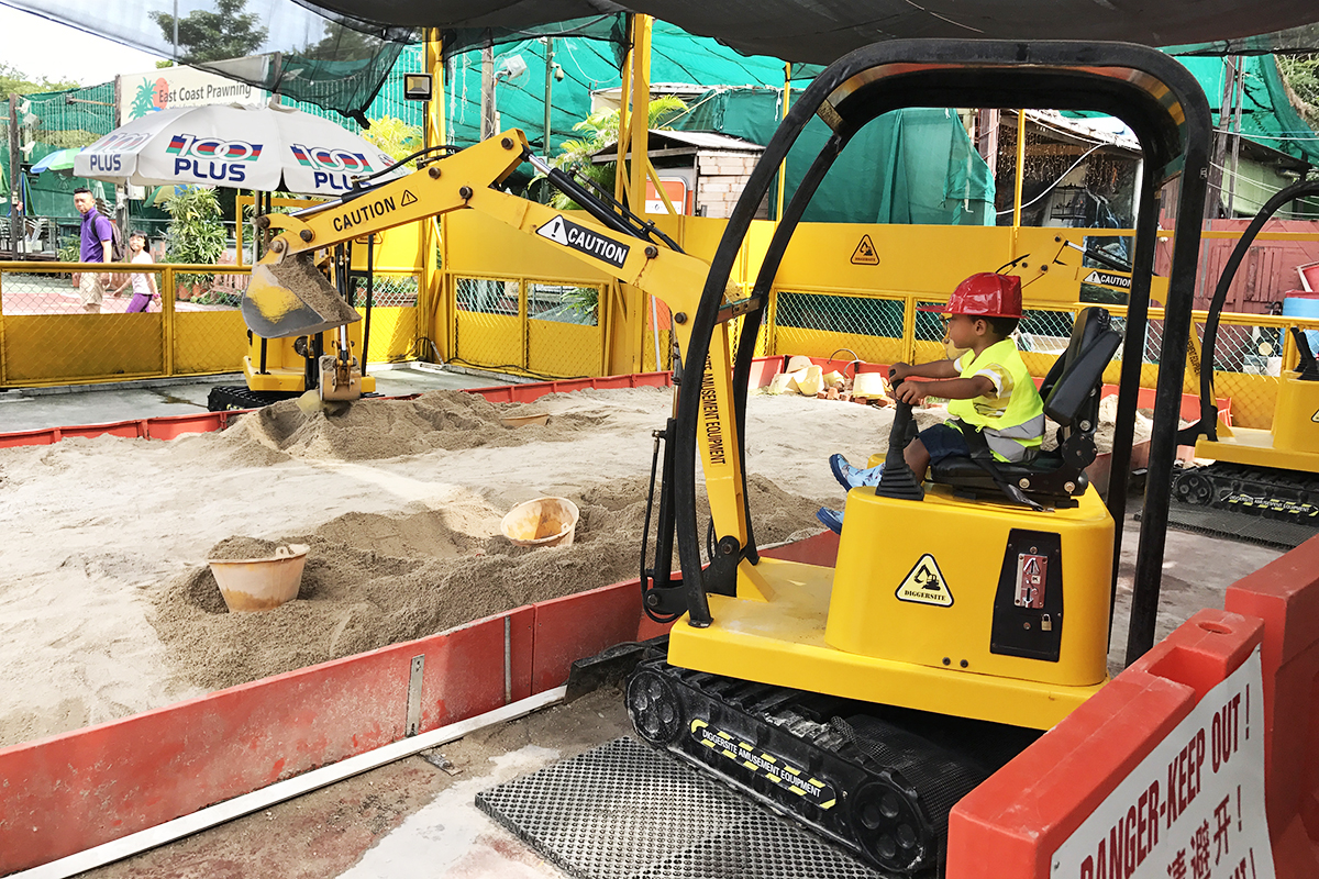diggersite construction playground singapore