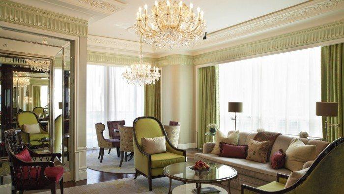 Gallery---King-Cole-Suite-Living-Room- St. Regis