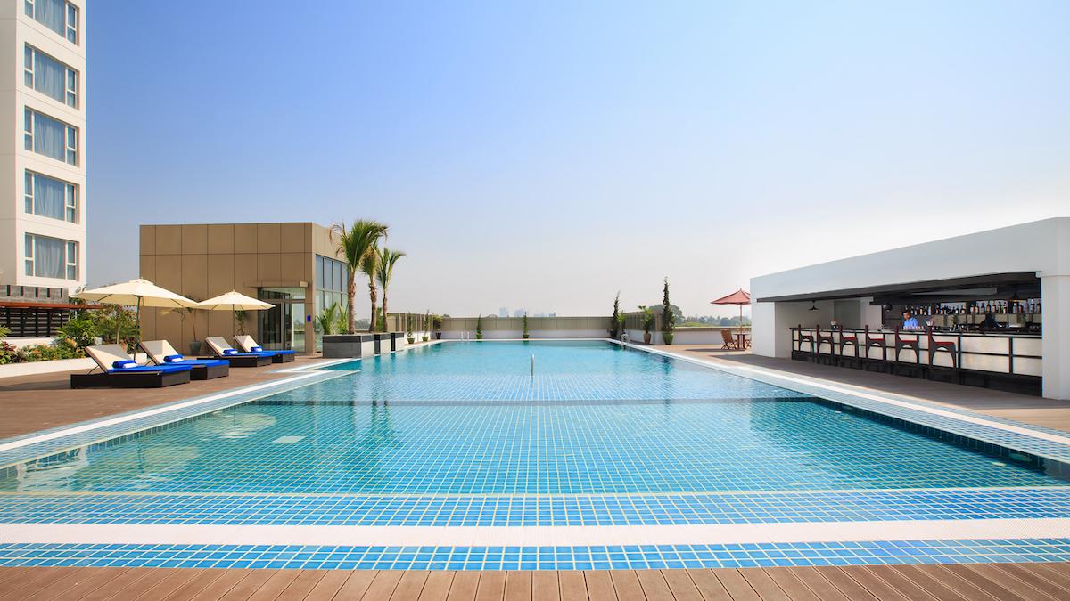 Novotel Yangon Max Pool