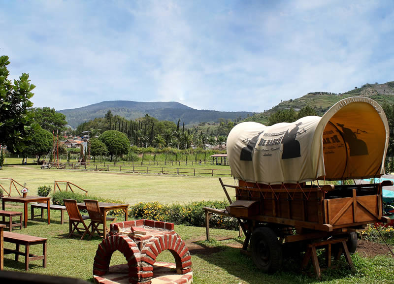 Things To Do in Bandung With Kids - De' Ranch Review