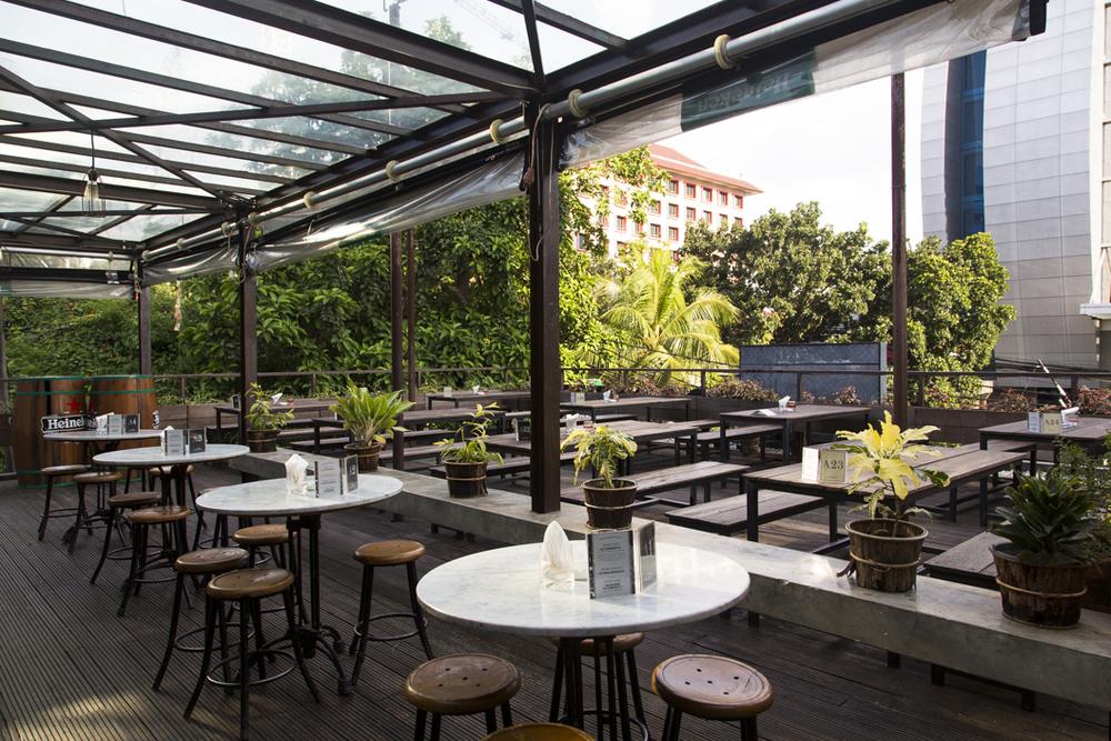 Beer Garden Menteng - What to do in Menteng, Jakarta