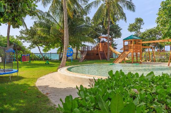 Four Seasons Maldives best kids club